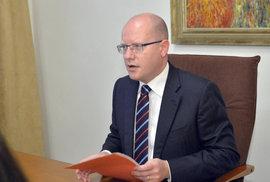 Omluvte se za urážky homosexuálů, vyzval premiér Sobotku poslankyni Nytrovou