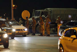 V Turecku zadrželi kvůli zmařenému puči již kolem 6000 osob