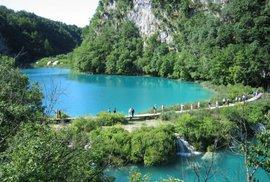 Výstraha Chorvatsku. Plitvickým jezerům hrozí vyškrtnutí ze seznamu UNESCO