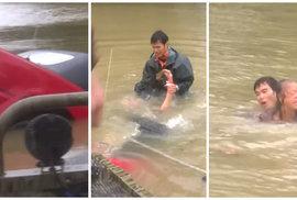 Mladík v poslední vteřině vytáhl z potápějícího se auta ženu a psa