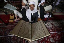 Posvátná kniha islámu. Co ovlivnilo vznik koránu a proč se na jeho výkladu muslimové…