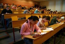 České vysoké školy by neměly být tak lehké, aby je vystudoval každý. Snížilo by to kvalitu našich životů
