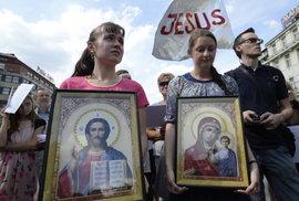 Putinovi popové proti Prague Pride, Křováci proti křovinořezům