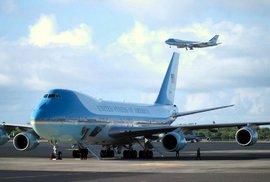 Jumbo Jety, obři mezi letadly, křižují oblohu již půl století. Létá s nimi i prezident USA