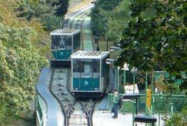 Na Petřín budou jezdit nové lanovky. Praha plánuje rozsáhlou rekonstrukci a výměnu vozů