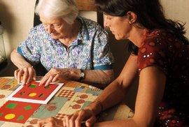 Centrum pro klienty s Alzheimerovou chorobou zažalovalo Jihočeský kraj. Ten jim nepřidělil dotace