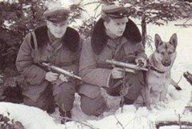 Churchill, Bush a Zeman, karlovarský festival marnosti a odškodné, kterému komunističtí…