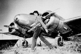Pravda o smrti odvážné pilotky: Vědci vyvrátili teorii, že by Amelia Earhartová zemřela při pádu svého letadla