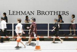 Spekulant obětí spekulace. Obří německá banka hrozí, že bude evropským Lehman Brothers