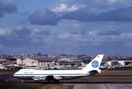 Boeing 747 Jumbo Jet (archivní snímek z roku 1970)