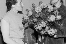 Emil Zátopek a Dana Ingrová se seznámili v roce 1945 na atletických závodech ve Zlíně.