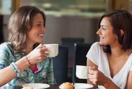 Káva pomáhá hubnout, aktivuje v těle spalování energie. Účinná je už po jednom šálku