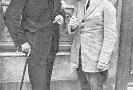 Fritz Haarmann (vpravo) se maso svých obětí snažil prodávat na trhu