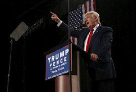 Donald Trump během setkání se svými příznivci na Floridě