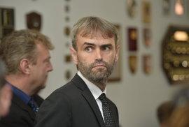 Šlachta do civilu: Bývalý ředitel Útvaru pro odhalování organizovaného zločinu…