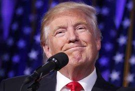 Trump během svého prvního projevu po vítězství v amerických volbách