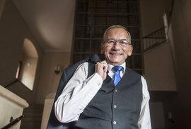 Jaroslav Kubera z ODS je novým předsedou Senátu. Získal skoro dvakrát víc hlasů než jeho konkurent