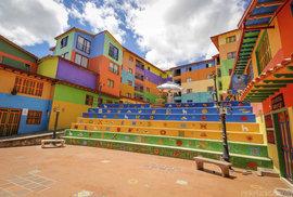 Každá fasáda obsahuje minimálně tři různé barvy. Z nejbarevnějšího města světa vás rozbolí oči