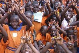 Když se malá škola v České republice rozhodne pomáhat velké škole v Africe