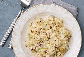 ... nebo bramborový salát nakyselo...