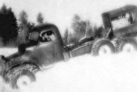 Neuvěřitelné pokusy s náklaďáky: Takhle řádili za studené války sovětští inženýři
