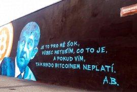 """Bitcoin stojí přes 200 000 korun. Podívejte se, jak na něj v minulosti plivali """"odborníci"""""""