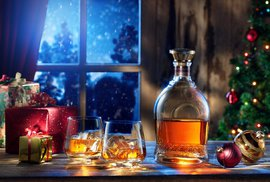 Tekuté Vánoce ve firmách? Mezi dárky pro obchodní partnery vede jednoznačně alkohol