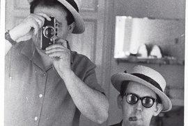 Vladimír Bystrov (vpravo) všedesátých letech skamarádem Gabrielem Laubem