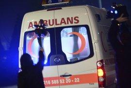 "V Istanbulu došlo k útoku. ""Santa Clausové"" začali pálit v klubu"