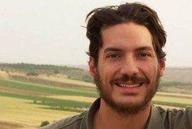 Česká ambasáda v Sýrii pomáhá při záchraně uneseného amerického novináře Austina Ticeho