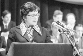 Text tzv. Anticharty přečetla Jiřina Švorcová 28. ledna 1977 na jevišti Národního divadla.