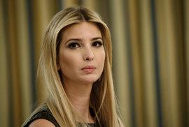 """Ivanka je """"blbá jak poleno"""", Trump se v Bílém domě bojí. 10 nejskandálnějších…"""