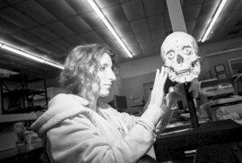 Texaská farma slouží jako místo, kde studenti zkoumají různé fáze rozkladu lidských těl