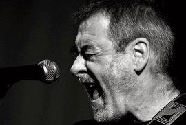 S live verzí Města ER vystoupí Michal Prokop v Brně 26.února. Doprovodí jej Framus Five a karlovarští filharmonici