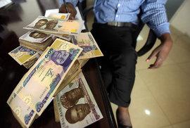 V zemi miliardářů. Podívejte se na nejproblematičtější bankovky světa