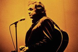 Johnny Cash: Příběh muže v černém. Přepadení na Boží hod, drogová závislost a …