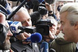 Nizozemské volby online: Aktuální vývoj komentuje politolog Petr Sokol