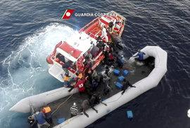 U tureckých břehů se utopilo 12 migrantů, čtyři se pohřešují