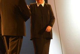 Cenu Thálie za celoživotní mistrovství v oboru činohra získala Alena Vránová. Předávali ji ministr kultury Daniel Herman a ředitel Herecké asociace Jiří Hromada.