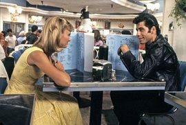 John Travolta a Oliva Newton-John ve filmu Pomáda