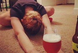 Pivní jóga je hitem v USA