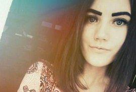 Patnáctiletá Julia Konstantinovová si vzala život podle návodu na internetu.