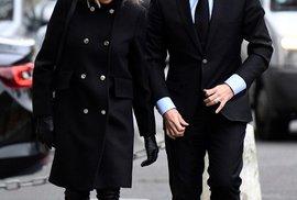 Trogneuxová svého manžela v kampani plně podporuje