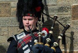 Typický skotský dudák