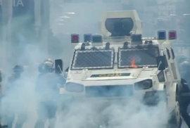Venezuelou zmítají od dubna každodenní nepokoje proti vládě kontroverzního prezidenta Madura