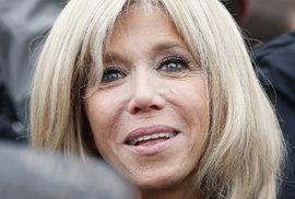 Macronova manželka Brigitte Trogneux byla jeho oporou i během finále prezidentské kampaně