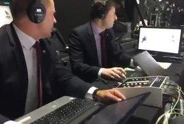 Komentátor Záruba baví internet: Emoce při zápase s Finy ho vyřadily z živého vysílání