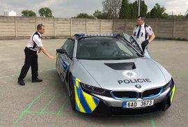 Policisté nabourali nadupané BMW za čtyři miliony, jezdilo jen pár týdnů