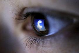 Hodný kamarád Facebook? Sociální síť pozná, zda plánujete sebevraždu a pokusí se vám ji rozmluvit