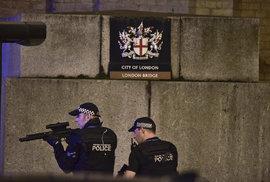 Londýn hlásí tři bezpečnostní incidenty, které britská policie považuje za teroristické útoky